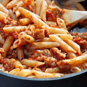 Pasta-with-quick-low-fat-ragu-550x367-2