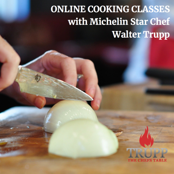 ONline Cooking classes cutting onion